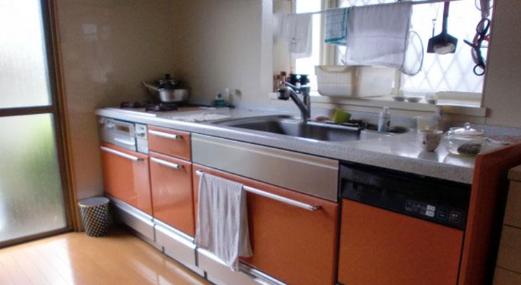独立型キッチンの画像
